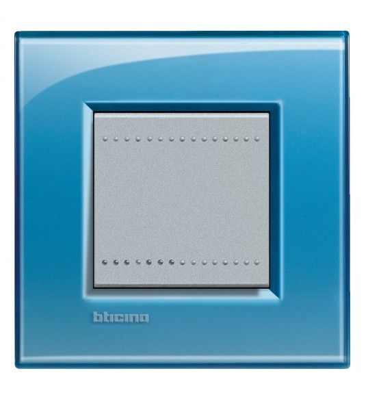 LNA4802AD Cover plate 2 M Blue Light Living Bticinio