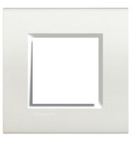 LNA4802BI Cover plate 2 M White Living Light Bticinio
