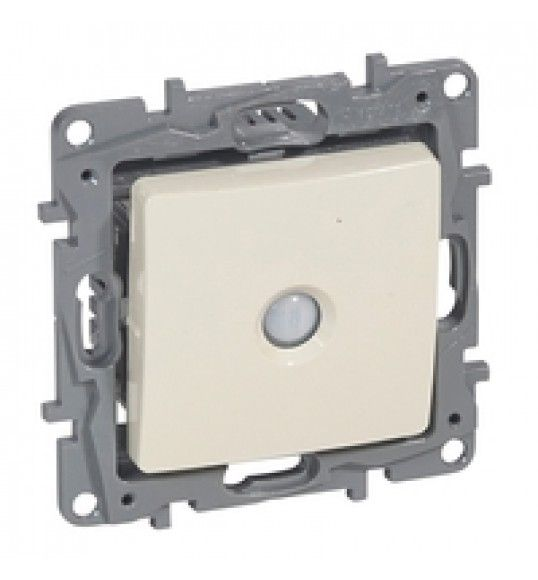 664803 Legrand Energy saving switch